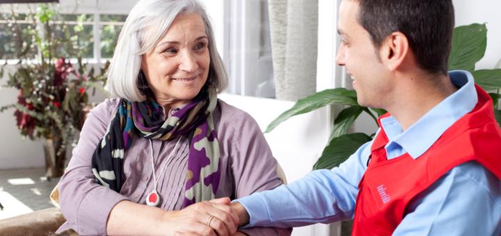 Conoces la Teleasistencia de Cruz Roja? – iTrabajoSocial
