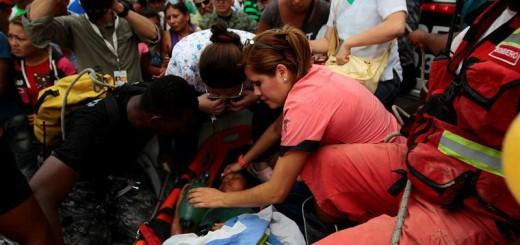 272-muertos--hasta-el-momento--tras-terremoto-en-ecuador-20160418103709-d81975aadcefb20cc40a8b5fa6a3cd88